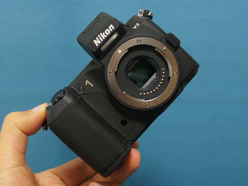 製品仕様からみたニコン nikon v2 ミラーレスカメラ monoxデジカメ比較
